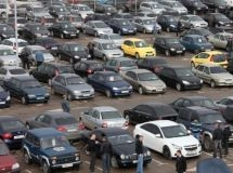 The Russian car market is painted in black and white colors by 70%