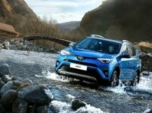 Toyota RAV4 keeps the leadership in the market of the Far East