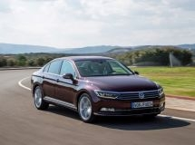 Volkswagen lowered prices for the flagship model Passat