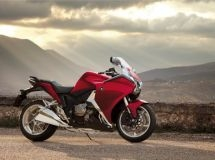 Honda cut the price of motorcycles in Russia