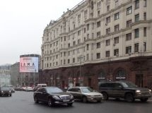 The average age of passenger cars in Moscow and St. Petersburg exceeds 10 years