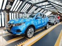 The production of passenger cars rose by 7% in February