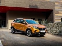 LADA XRAY Cross with a new power unit comes on sales