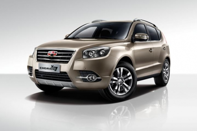 Russian dealers of Geely on March 25th, 2016 began sales of a restyled version of the crossover Geely Emgrand X7. The novelty's prices range from 769
