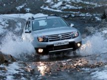 In Russia it was sold 200,000 Renault Duster SUVs