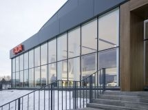AvtoVAZ continues to work with the appearance of their show rooms