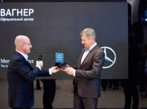Mercedes-Benz opened a new dealership in St. Petersburg