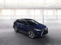 Lexus announced the discounts for crossovers NX and RX