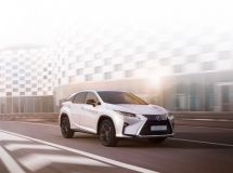 Lexus RX received a new special version of Black Royal in Russia