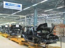 "Passenger car production remained ""in the red"" in September"