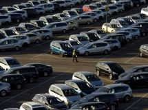 Imports of cars fell by 25% in January