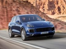 5.1 thousand Porsche Macan crossovers are to be recalled in Russia due to the risk of fuel leakage
