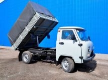 A compact dump truck appeared in the UAZ model line