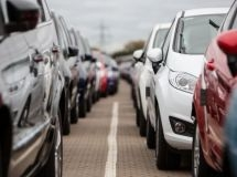 The French car market collapsed by almost 90% in April