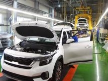 Passenger car production fell by 79% in April