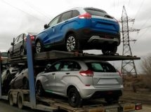Exports of cars fell by 35% in January - April