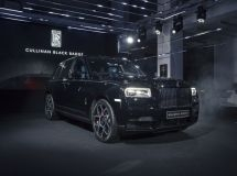 Only Rolls-Royce shows the growth in the Luxury segment in the Russian market