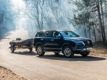 New Toyota Fortuner is available in Russia with a powerful diesel engine
