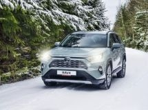 Toyota RAV4 became the bestseller of the brand in Russia in 2020