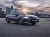 Sales of the updated Toyota Camry sedan began in Russia